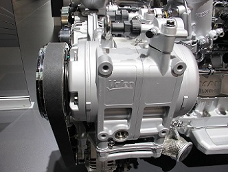 Valeo compressor TM65 in MAN D2676 LOH engine
